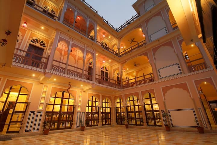 Standard Room In Raj Rajeshwari Haveli