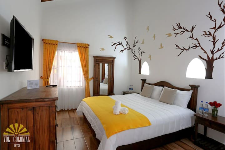 New HOTEL - VDL Colonial  / Double DELUXE ROOM