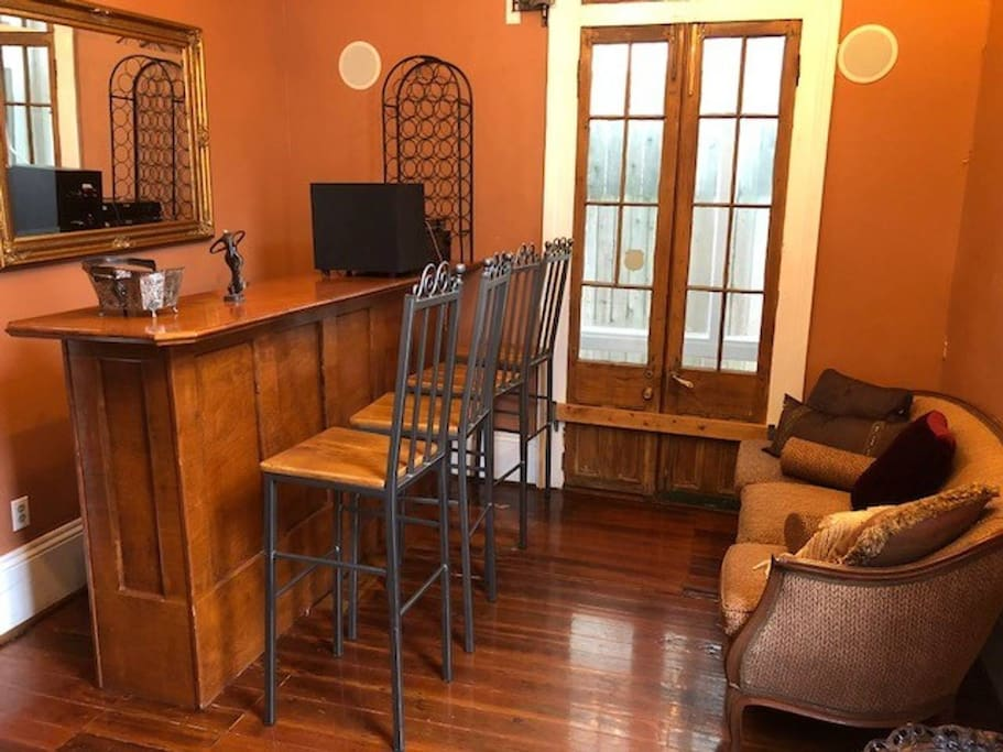 The bar room controls a built-in surround sound stereo system throughout the house.  Guests who book this room will need to be respectful of other guests and control sound level.