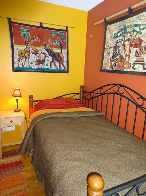 Fun twin guestroom with all-cotton bedding...