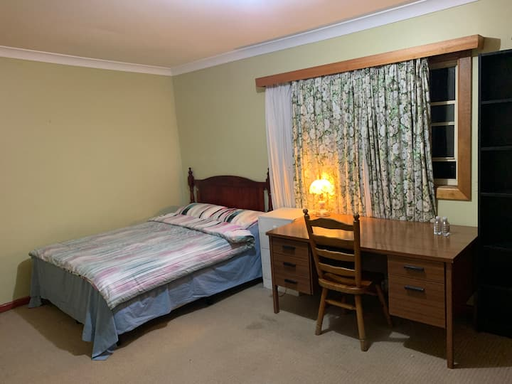 Cosy Large room offering great privacy