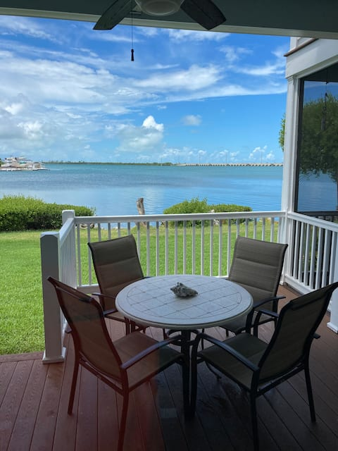 A beautiful 2 bdrm 2 bath on Duck key Sunset Side