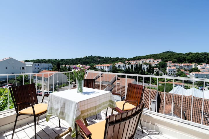 Vican - Duplex Two Bedroom Apartment with Balcony