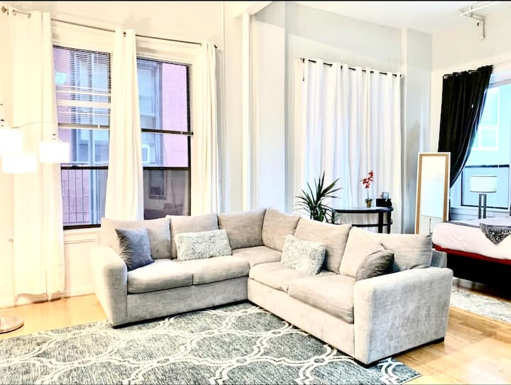 ❣️Beautiful Loft in the heart of San Diego (Strong WiFi & Parking)
