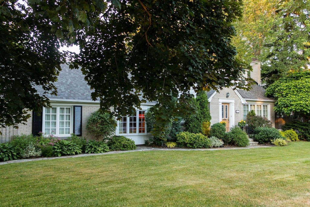 Beautifully landscaped first class home in the heart of Etobicoke