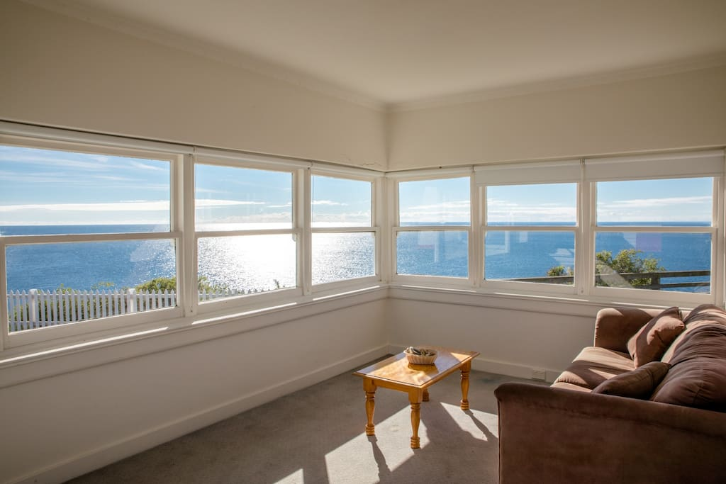 Fabulous VIEWS from the sunroom (with pull-out sofa bed)