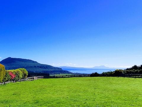 Lakeview Cottage - Prachtig uitzicht op het meer en het platteland