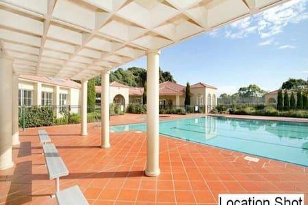Resort style Apartment - Huntleys Cove
