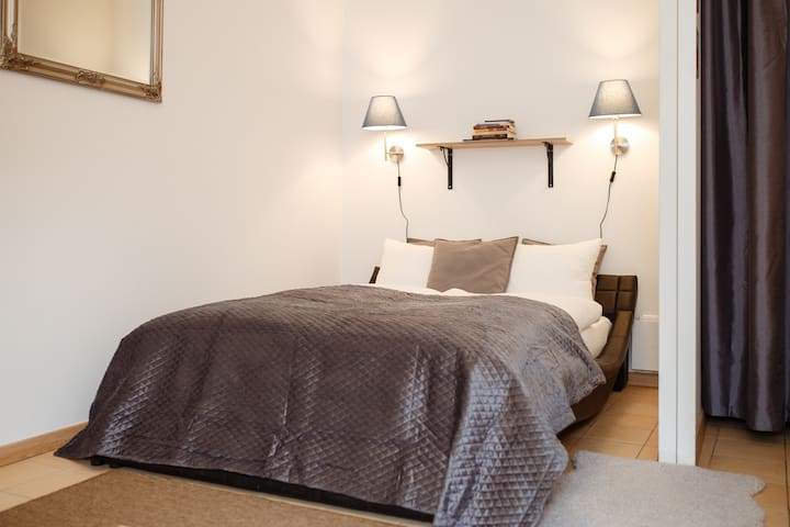 Exceptional Studio in Old Town for 4 persons T5