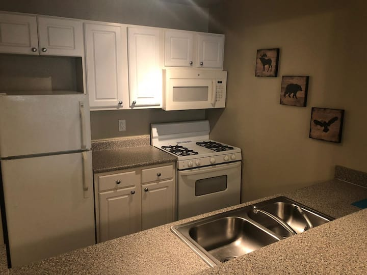 Hollywood one bedroom apartment