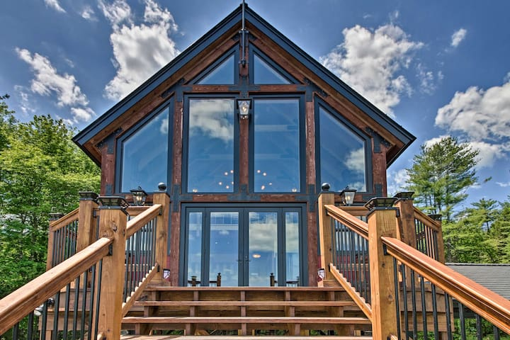 NEW! One-of-a-Kind Retreat w/ Mtn & River Views!