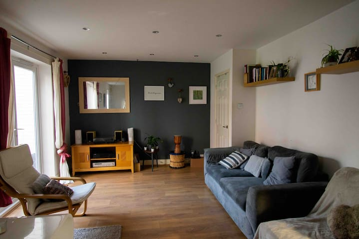 Comfy + Trendy Manchester house