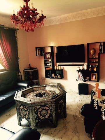 Appartement à Marrakech ensoleillé bien situé