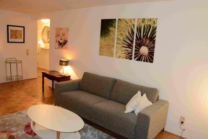 Charmantes Appartement - mit Homeoffice Innenstadt
