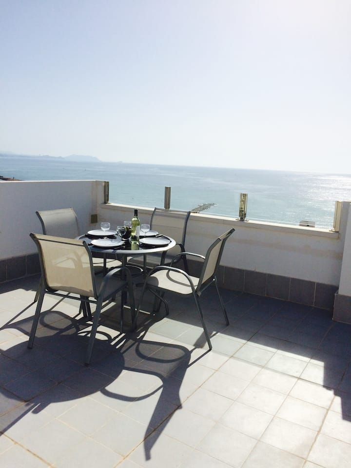 A special and attractive penthouse in El Campello