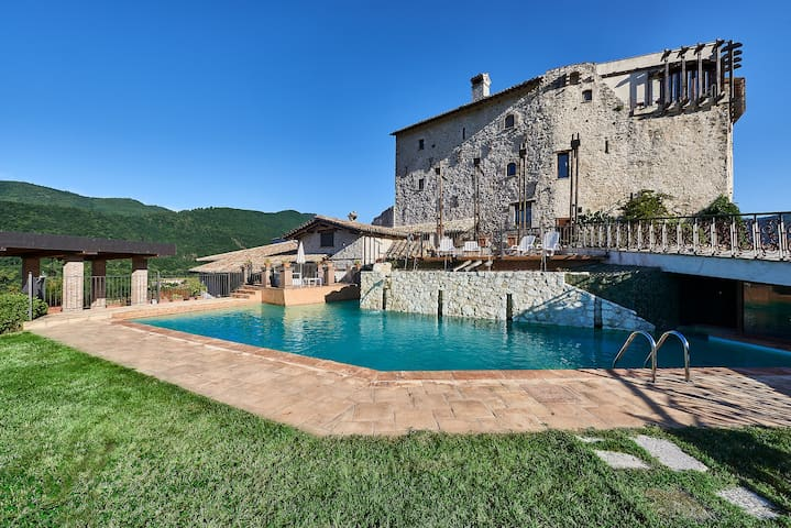 Castrum Resort Umbria -Torre Verde con balcone