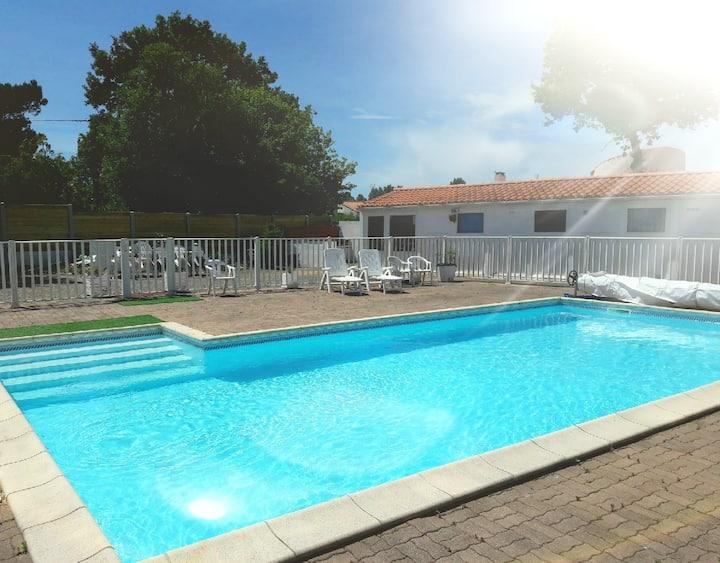 Maison de vacances, proche mer et vue sur piscine