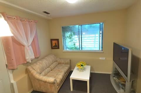 North Shore - Capilano Road, One Bedroom