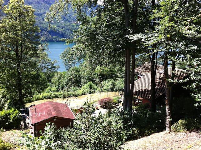Villa-Rustico  Orta Lake - Pettenasco - วิลล่า