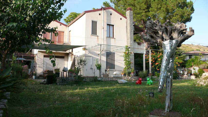 Merix Art Station - Gerace - Bed & Breakfast
