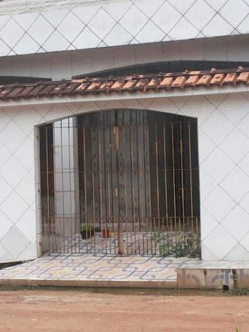 Casa de luxo localizada no maguari - belem ananindeua