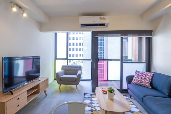 Art-Inspired Funky Abode in the heart of CBD