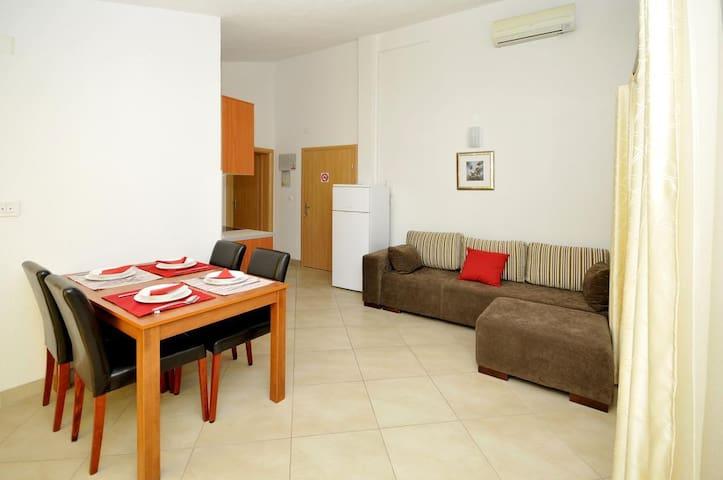 Moonlight - Standard One Bedroom Apartment