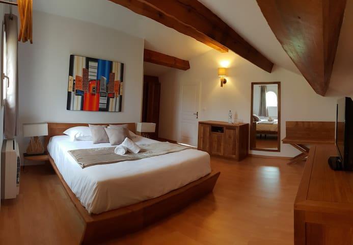 Chambre d'hôtes Senetosa / Villa Torrella