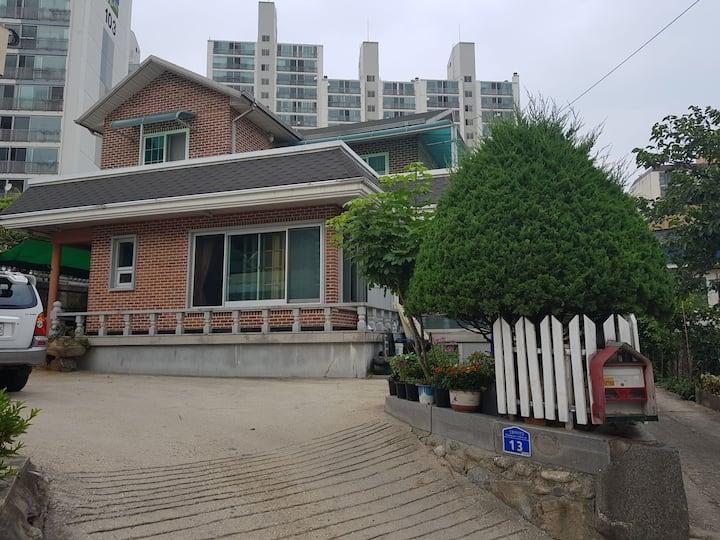 강릉역 바로 앞 내집같이 편안한 집