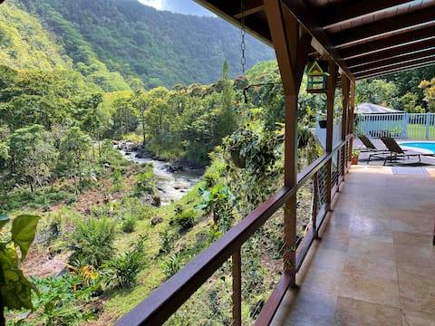 Maulua Valley Lodge och  Retreat