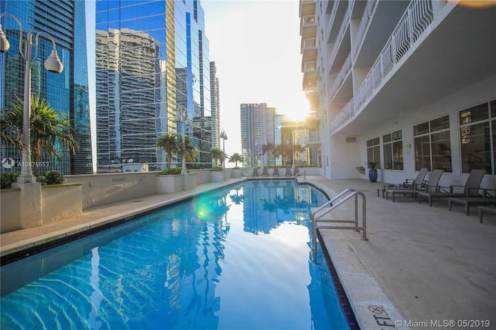 Large/Luxury Condo in Brickell , great4families.