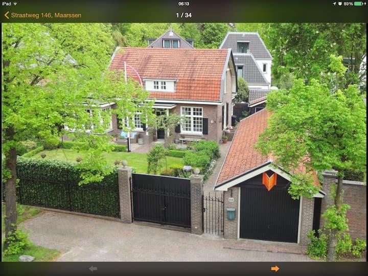 Villa zomerlust in the Centre of Maarssen.