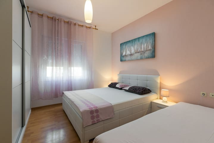 Villa with pool S&B Matijas - Apartment Ap2 (4+1)