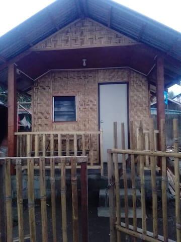 Sleeping Hut at Jesper Beach