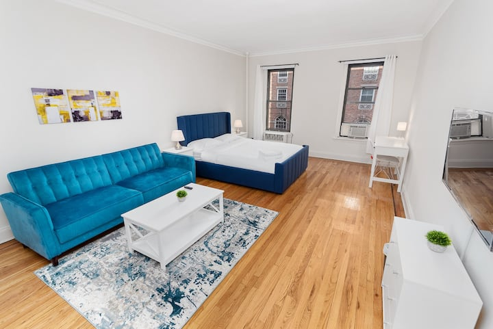 Newly furnished - HUGE Studio - East 52 ST / 3 AVE