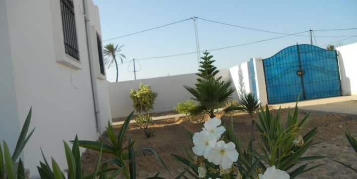 Villa furnished tourist area Djerba midoune