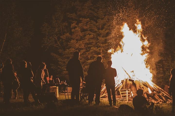 Arrière-Pays: Montagne Créative (camping)