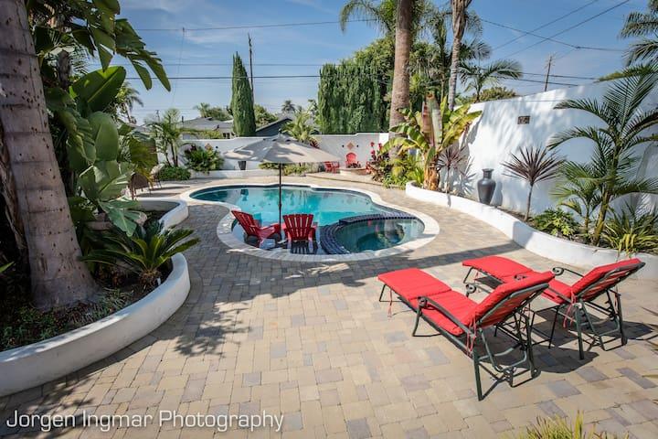 Mediterranean Resort Style Living - Long Beach - Huis