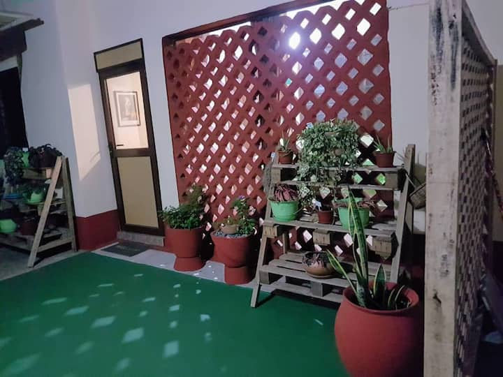 Daavi's Garden Guesthouse 2min from Junction Mall
