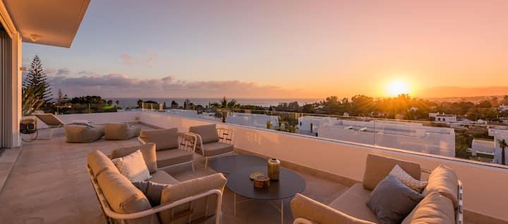 Marbella - 14 beds, heated pool, panoramic views