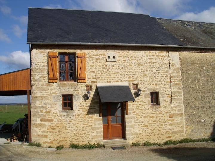 The Old Stable gite + shared heated pool