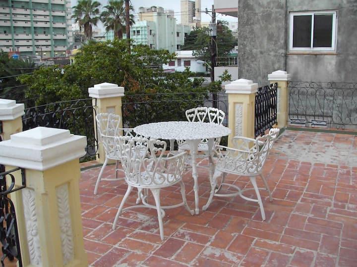 Casa Colonial Calle L Vedado
