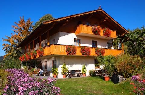 Ferienwohnung Annelies mit Panorama-Sonnenterrasse