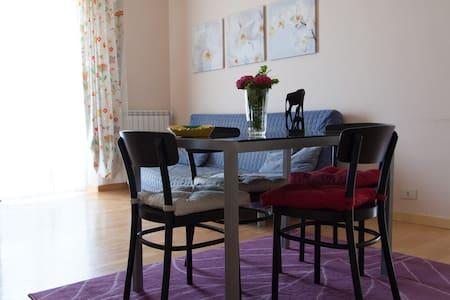 lovely apartment, view to seaside!! - Anzio - Apartemen