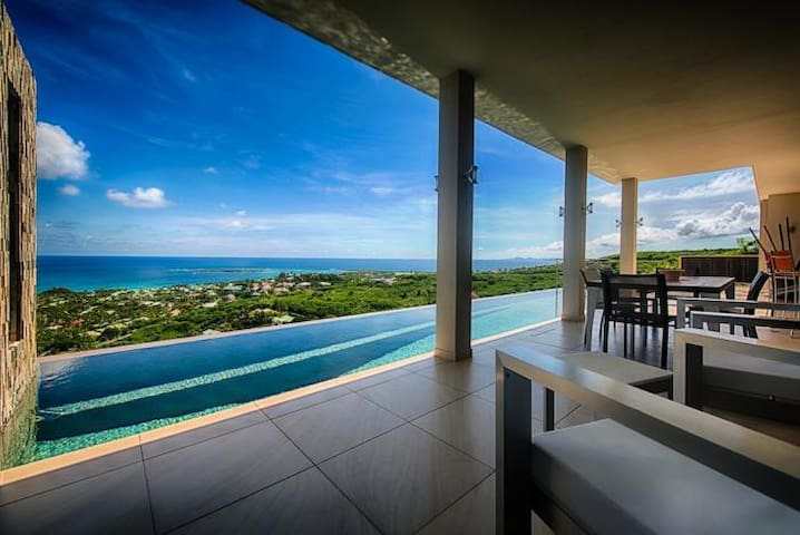 Beautiful 3Bdrm Villa In St. Martin