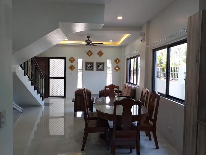 Entire spacious duplex house in a high-end subd.