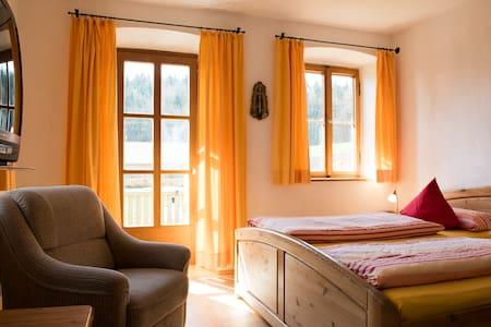 """Apartment """"Südseite"""" auf Bauernhof - Ev"""