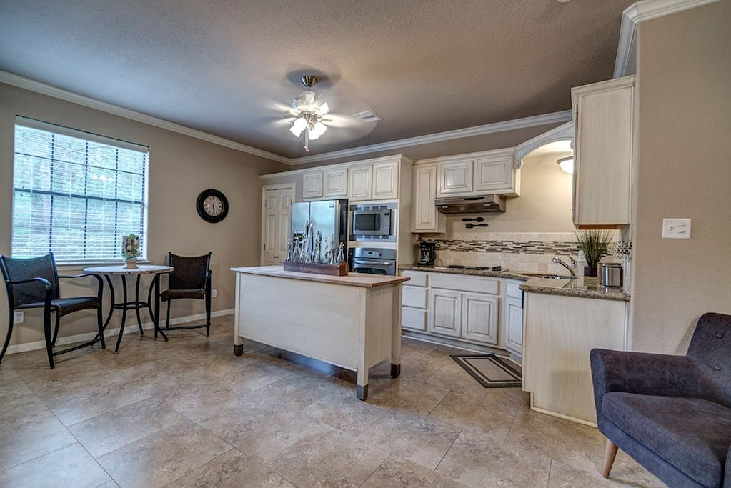 Fully equipped kitchen with everything you need!