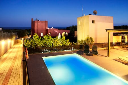 Villa Calypso with private pool in Gennadi, Rhodes - Gennadi - Villa