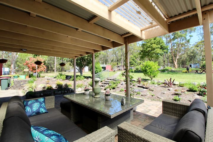 Peace of Heaven on 5 acres and dog friendly